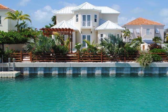 Villa Kira Isle - Century21 Erishar-Properties